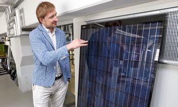 """""""Via Solis"""" pasiūlys sukompektuotą saulės elektrinę itin patrauklia kaina"""