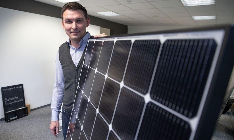 """Mindaugas Gerulaitis, UAB """"Saulės grąža"""" vykdomasis direktorius: """"Šiemet ypač aiškiai matome, kad vis daugėja fizinių asmenų, norinčių įsirengti saulės jėgaines ant savo namų stogų.""""  Vladimiro Ivanovo (VŽ) nuotr."""