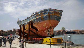 Įdomūs laikai Venecijos bienalėje: tikros ir alternatyvios tiesos
