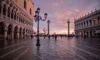 Kelionės į Veneciją atšaukti neverta, pakakspasiimti botus
