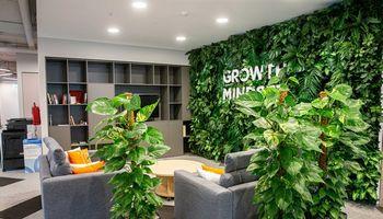 Darbuotojų apklausa: po dešimtmečio kasdien dirbti biure gali būti egzotika