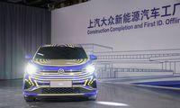 """""""Volkswagen"""": Kinijos automobilių rinka pasveiks kitąmet"""