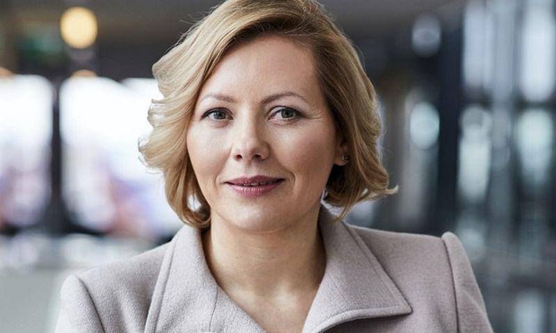 """Dovilė Grigienė, """"Swedbank"""" Lietuvoje vadovė: """"Džiaugiuosi, kad savo organizacijoje mes jau išsiugdėme atitinkamą organizacinę kultūrą ir sąmoningumo lygį, o lygios galimybės mums tapo kasdiene vertybe."""""""