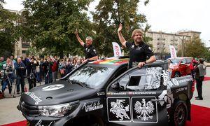 Dakaro lenktynių dalyviai iš Lietuvos skelbia apie naujus rėmėjus