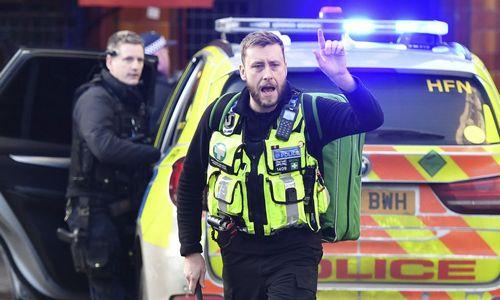 Ant Londono tilto – teroristinis išpuolis peiliu