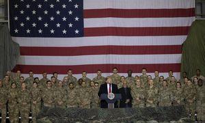 D. Trumpas: JAV tęsia derybas su Talibanu