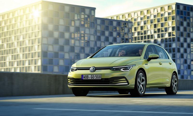 """Aštuonios """"Golf"""" kartos nuosekliai evoliucionavo, vengdamos drastiškų pokyčių. """"Volkswagen"""