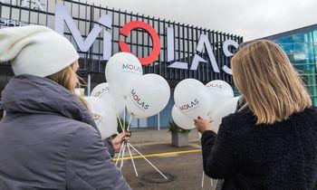 """Klaipėdoje po renovacijos duris atvėrė naujas prekybos centras """"MOLAS"""""""