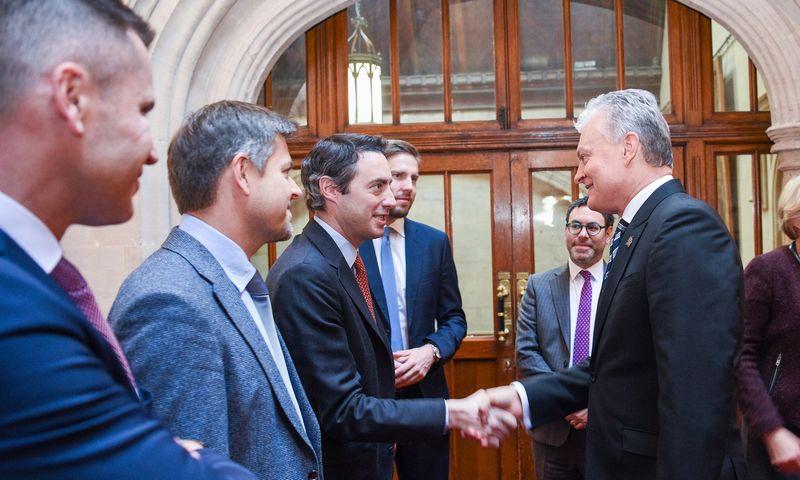 Prezidentas susitinka su Londono Sičio verslo atstovais. Roberto Dačkaus (LR Prezidento kanceliarija) nuotr.