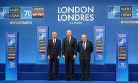NATOdeklaruoja vienybę, įvardijaRusijos grėsmę