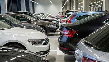 Nauji pasiūlymai dėl automobilių taršos mokesčio stringa Seimo komitetuose