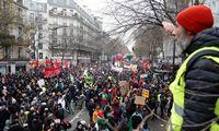 Prancūziją apėmė masinis streikas