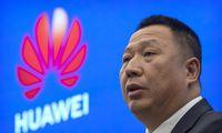 """""""Huawei"""" prašoJAV atšaukti draudimą pirkti bendrovės įrangą"""