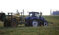 ES uždraudė prieštaringai vertinamą pesticidą