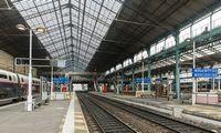 Prancūzijoje antrą dieną vykstantis streikas paralyžiavo susisiekimą