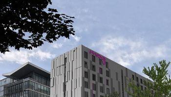 """""""Mitnija"""" statys beveik 8.000 kv. m ploto viešbutį Anglijoje"""