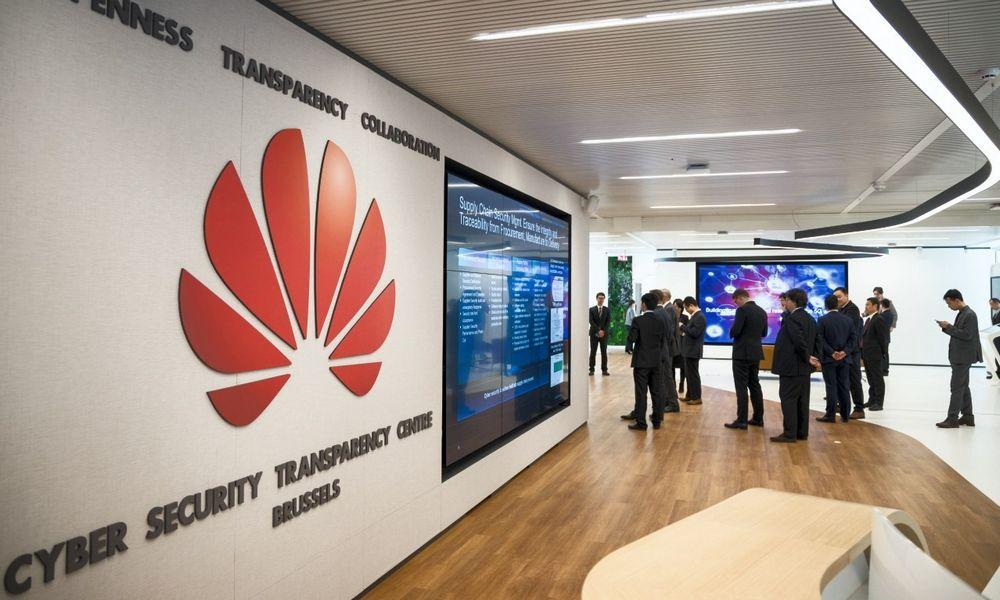 """""""Huawei"""" kibernetinio saugumo skaidrumo centrai – kokia jų tikroji paskirtis?"""