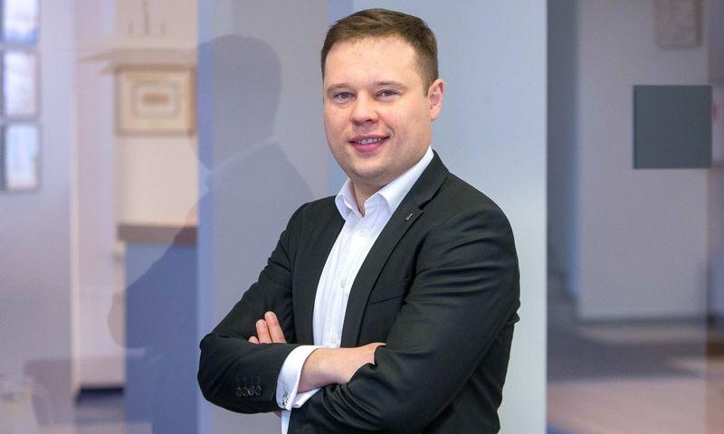 """Donatas Kapitanovas, """"EY"""" mokesčių skyriaus vyr. darbo grupės vadovas. Vladimiro Ivanovo (VŽ) nuotr."""