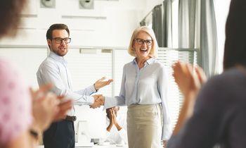 10 finansiškai neskausmingų būdų padėkoti darbuotojui