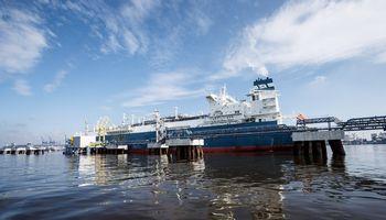 Į Klaipėdą atplaukė naujas dujų krovinys iš Vysocko