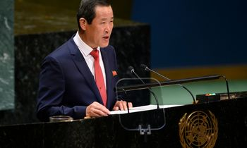 Šiaurės Korėjos pasiuntinys: denuklearizacijos ant derybų stalo nebėra