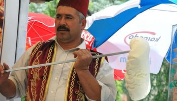 Turkija visgi įvedė turisto mokestį