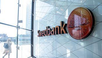 """""""Swedbank"""" grupę palieka dar dvi aukštos vadovės, bus vertinama bankokultūra"""
