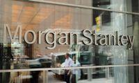 """""""Morgan Stanley"""" ruošiasi neramiems 2020 m.: atleis darbuotojų"""