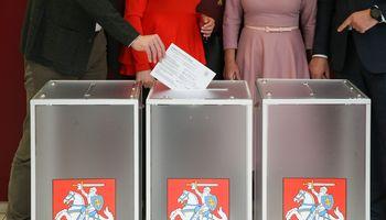 Valdantiesiems pavyko prastumti Seimo rinkimų kartelės nuleidimą