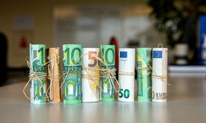 Lietuvos garantinis fondas bankui moka neigiamas palūkanas
