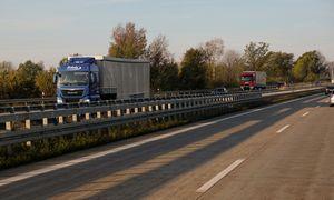 Atnaujinamos ES derybos dėl reikalavimų vilkikų vairuotojams