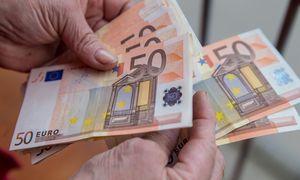 Seimas: pensijos papildomai didės 3,5 Eur