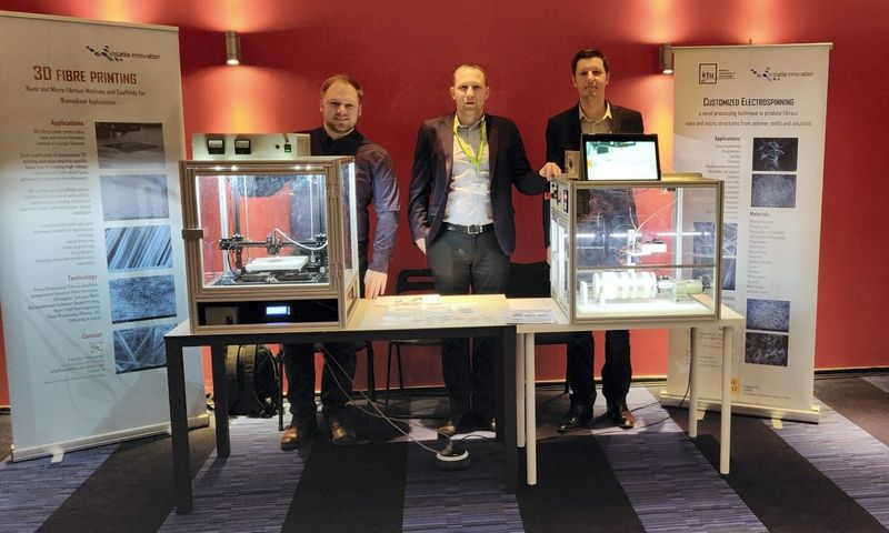 """MB """"Pažangiosios technologijos"""", kurianti 3D pluošto spausdinimo įrenginius įprastiems polimerams transformuoti į didelės pridėtinės vertės nano- ir mikropluošto medžiagas, glaudžiai bendradarbiauja su KTU mokslininkais."""