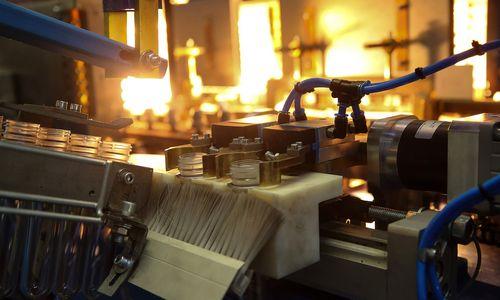 Sunkmečiu nė nekvepia: nepaskirstytasis gamybos pelnas – 4,89 mlrd. Eur