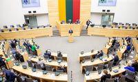 Galutinis Seimo sprendimas: pajamos didės visiems, kurie po mokesčių uždirbaiki 1.500 Eur