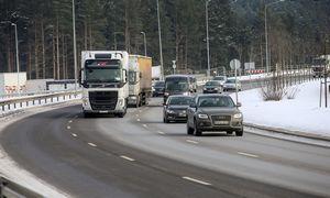"""Derybose dėl mobilumo paketo – """"paskutinė žinutė"""" mūsų vežėjams"""