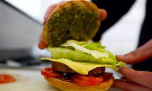 """JAV vegetariško maisto gamintojos siekia leidimo vadinti savo gaminius """"mėsainiais"""""""