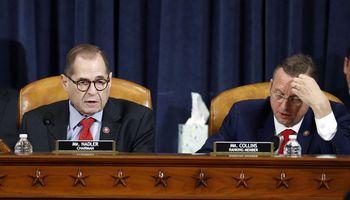 JAV Atstovų Rūmų komitetas nubalsavo užD. Trumpo apkaltos straipsnius