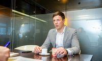 Interviu su JAV biržų spekuliantu: robotų atpažinimas, nuostolių psichologija, skirtumai nuo kazino