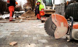 Darbo jėgos paklausa lapkritį mažėjo dešimtadaliu