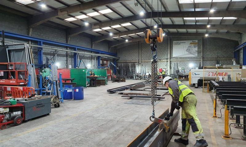"""Lietuviams priklausančios plieno perdirbimo įmonės """"A13 Steel"""" savininkai nekantriai laukia aiškumo, kokie bus JK ir ES santykiai ateityje. Stasio Gudavičiaus (VŽ) nuotr."""