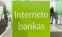 Daugumos bankų klientai per šventes galės pervesti ir gauti pinigus