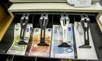 Vyriausybė masinį perėjimą prie išmaniųjų kasos aparatų atidėjo metams