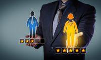 Darbuotojų metinis vertinimas: kokios vadovų frazės erzina labiausiai