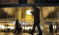 """Apple"" prognozuojami geri metai"
