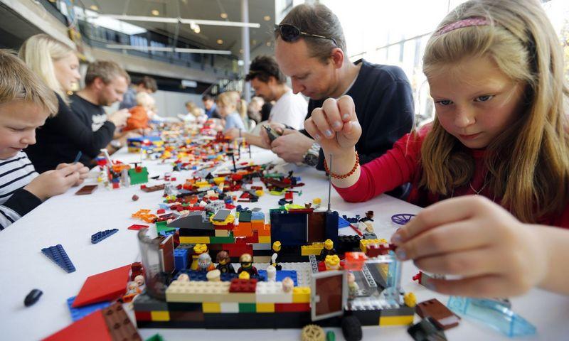 """""""Lego Serious Play"""" (""""Rimti žaidimai su """"Lego"""") tikslas – paskatinti vadovus vizualizuoti, suprasti ir spręsti sudėtingas strategines problemas alternatyviais būdais. """"Scanpix"""" nuotr."""