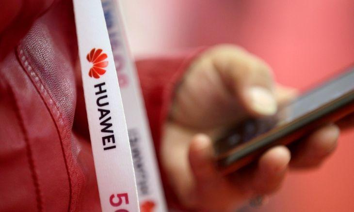 """""""Huawei"""" vadovasįspėjaapie sunkius metus"""