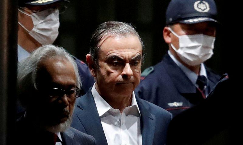 """Carlosas Ghosnas, buvęs aljanso """"Renault-Nissan"""" vadovas, išleidžiamas iš Tokijo kalėjimo 2019 m. balandžio 25 d. """"Reuters"""" / """"Scanpix"""" nuotr."""