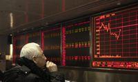 Kinija sumažino privalomųjų atsargų reikalavimus bankams, kad paskatintų ekonomikos augimą