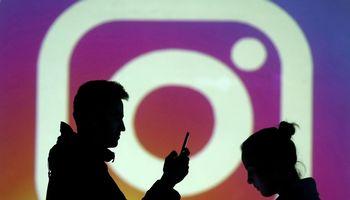 """""""Instagram"""" suvaržė infuencerius: netoleruos e. cigarečių"""
